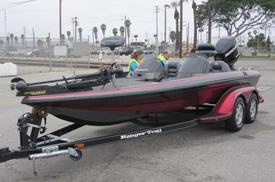 当社が輸入代行するボートの写真